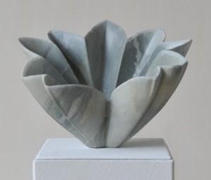 "Skulptur ""Frauenmantel"", Steatit, 22cmX16cmX17cm, 2010"